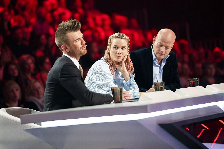 sendxnet Dommerne Ankerstjerne, Oh Land og Thomas Blachman, X Factor sæson 12, Liveshow 2, fredag den 8. marts 2019. Temaet i aftenes X factor er deltagernes fødselsår. (foto: Martin Sylvest/Ritzau Scanpix 2019)