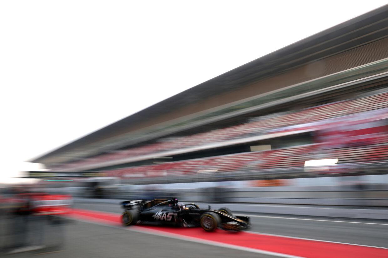 I sin nye Haas-racer lå Kevin Magnussen på grænsen af top-10 på første træningsdag i Melbourne. (Arkivfoto) Albert Gea/Reuters