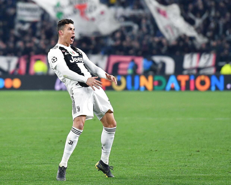 Cristiano Ronaldo lavede hattrick, da Juventus vendte 0-2 til 3-2 mod Atletico Madrid og gik videre til kvartfinalen i Champions League.
