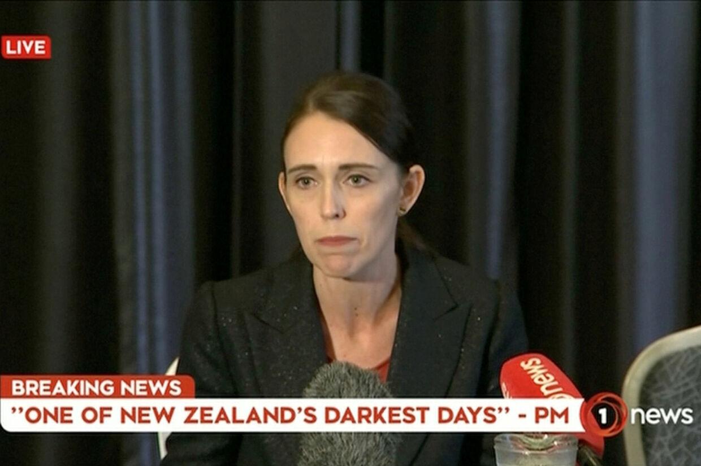 - Folk vil ønske en forandring, og det forpligter jeg mig til, siger premierministeren om landets våbenlovgivning. Reuters Tv/Reuters