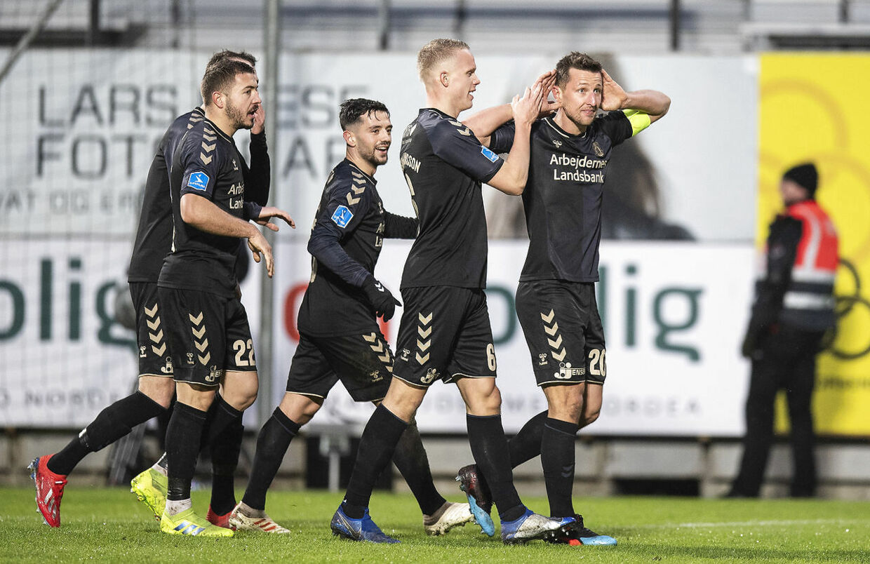 Kamil Wilczek var varm søndag aften med to smukke scoringer i 1-3-sejren over Horsens.