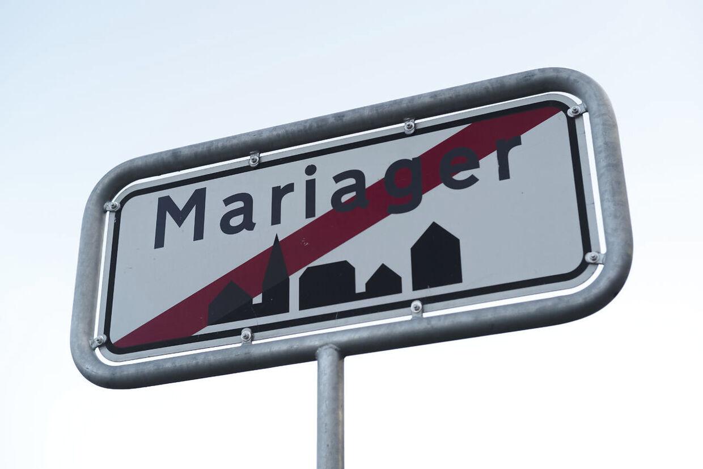 Den tunge trafik skal med en ny omfartsvej til 377 mio. kroner ledes udenom Mariager og dens 2.500 indbyggere. Men en omfartsvej vil dræne og dræbe handelslivet, mener nogle. Mens andre har det stik modsatte synspunkt.