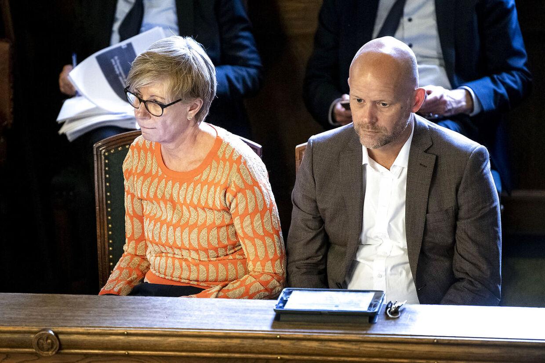 Adm. dir. Pernille Andersen (tv.) fyres efter en lang række skandaler i Københavns Teknik- og Miljøforvaltning.
