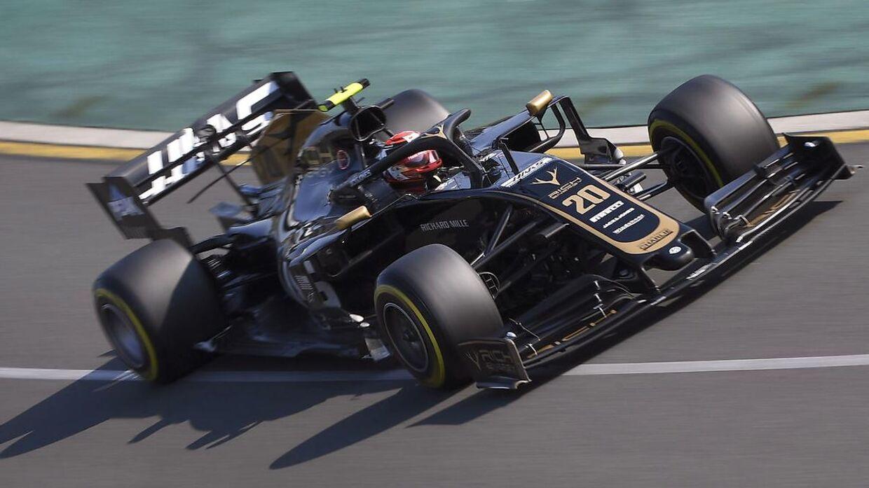 Kevin Magnussen i bilen under Formel 1 i Australien.