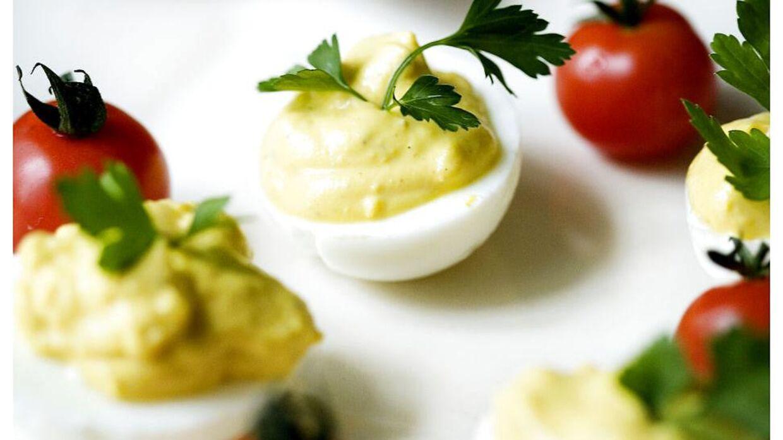 Påskefrokost med æg. Arkivfoto