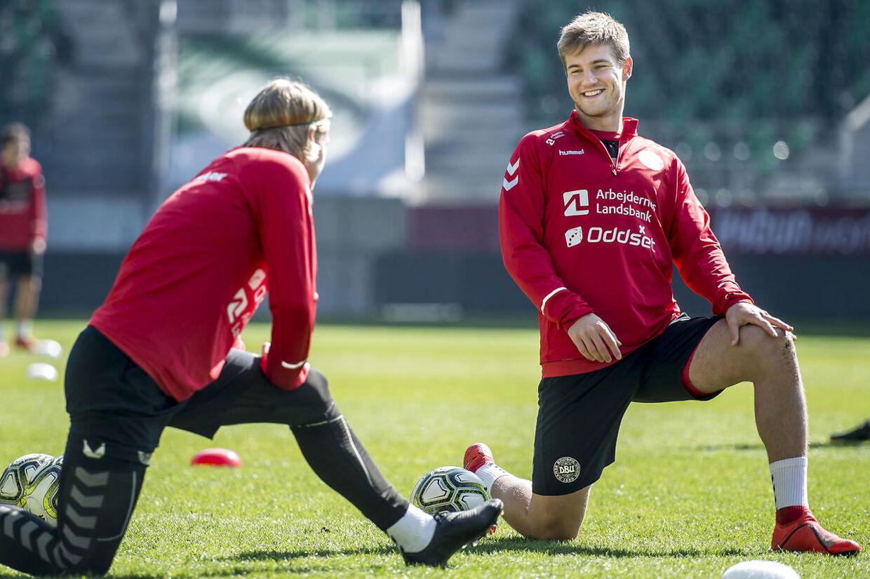 Kasper Dolberg og Joachim Andersen under det danske fodboldlandsholds træning på Kybun Park i St. Gallen i Schweiz, søndag den 24. marts 2019. Danmark møder Schweiz på udebane i EM kvalifikationen i Basel, tirsdag den 26. marts 2019.