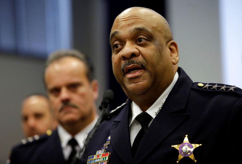Chicagos politichef Eddie Johnson er efter eget udsagn, 'rasende'.