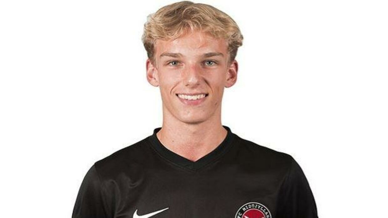 FCM-talentet Gustav Isaksen er 17 år.