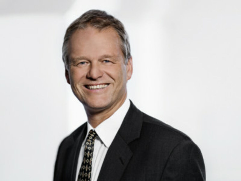 Partner Anders Valentiner-Branth fra firmaet Nielsen Nørager har på tre år tjent 14,8 millioner på hononarer fra Københavns Kommune, uden at opgaverne kom i de lovpligtige udbud.