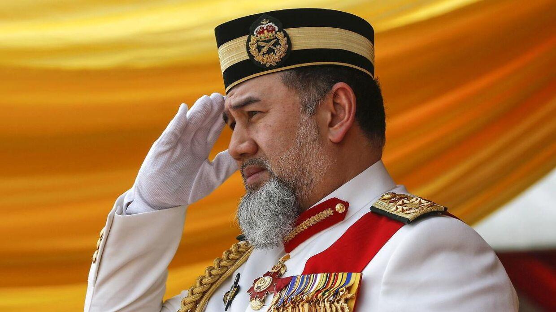 Her ses Tenku Muhammad Faiz' storebror sultan Muhammad V. EPA/AHMAD YUSNI *** Local Caption *** 54619320