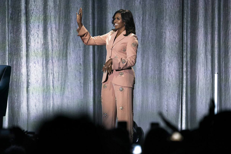 """Michelle Obama besøger Royal Arena i forbindelse med sin bog-tour for sin biografi """"Becoming"""" tirsdag den 9. april 2019. I bogen fortæller hun blandt andet om livet som USA's første afroamerikanske førstedame. (foto: Martin Sylvest/Ritzau Scanpix 2019)"""