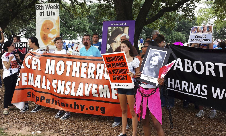 I Texas er også befolkningen splittet i spørgsmålet omkring fri abort. Her demonstreres der for fri abort.