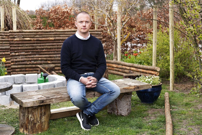 I tre måneder har Thomas Johansen har sygemeldt med stress. Nu er han på vej tilbage til sit gamle job.