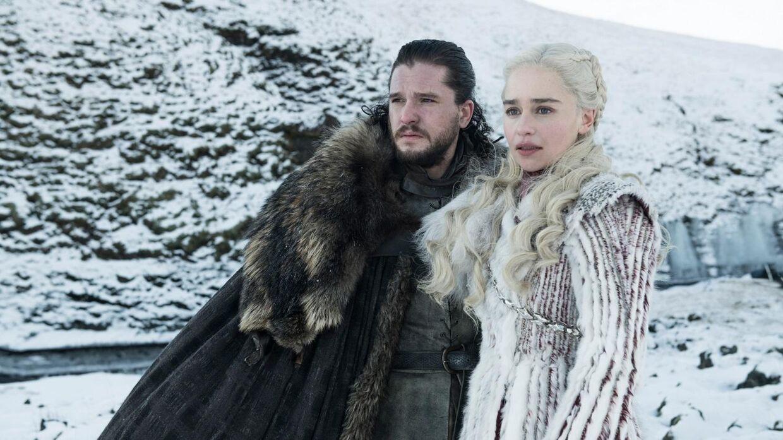Jon Snow og Daenarys ankommer til Winterfell i første afsnit af Game of Thrones sæson otte.