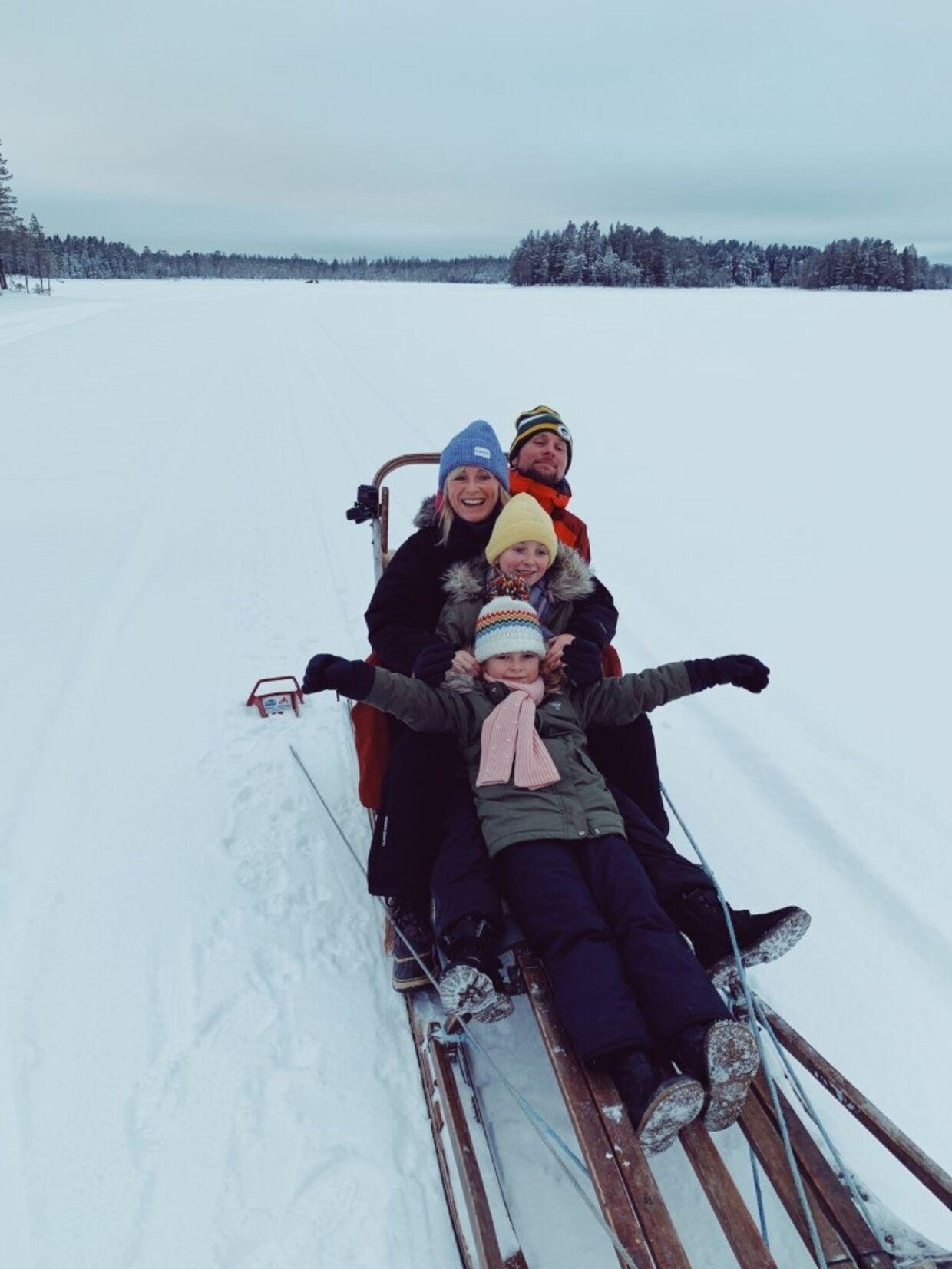 Hele familien nyder godt af samarbejdet med Visit Sweden. I juni venter nye oplevelser i Sverige.