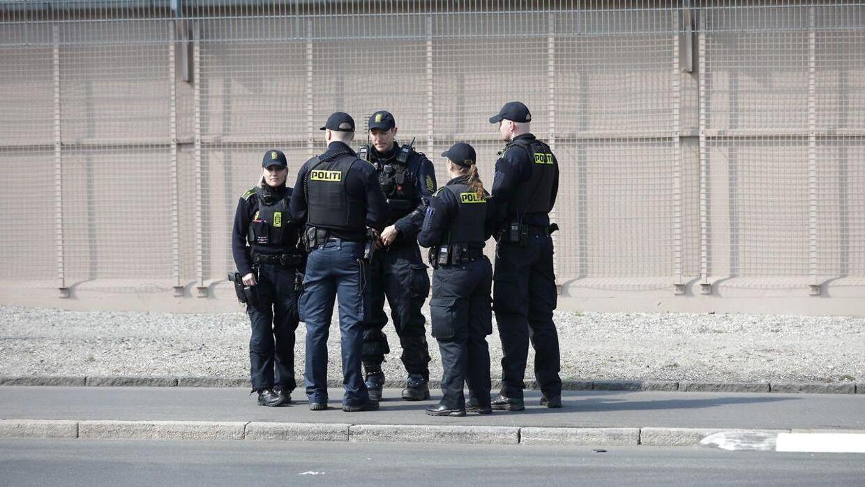 Politi i Emblasgade hvor Rasmus Paludan havde planlagt at demonstrere, i sidste øjeblik forbød politiet ham at demonstrere. Tirsdag den 16. april 2019. (Foto: Olafur Steinar Gestsson/Scanpix 2019)
