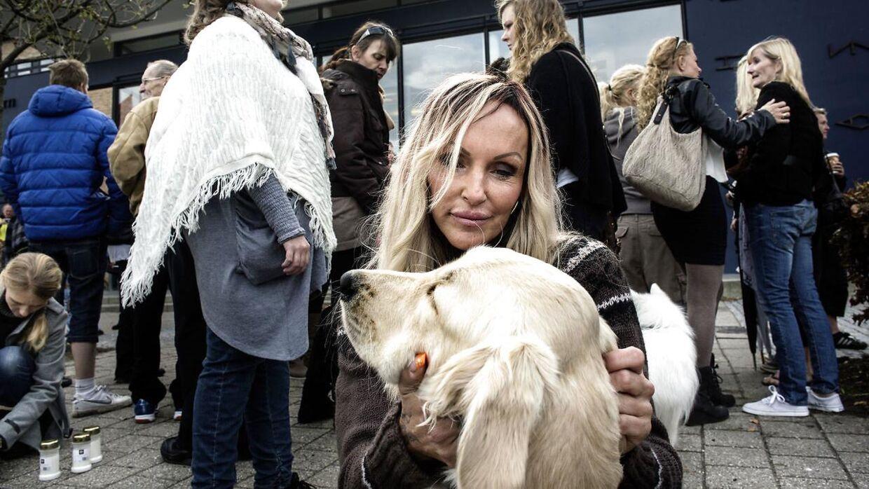 Linse Kessler med sin hund Jytte.