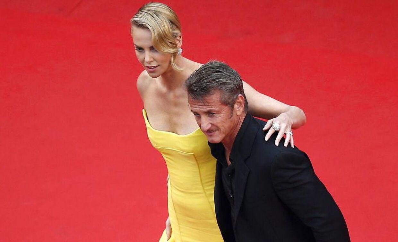 Sean Penn og Charlize Theron.