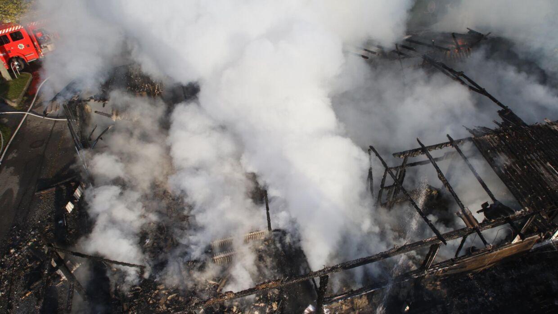 Klubhuset tilhørende B. 1901 er brændt ned natten til Påskelørdag.
