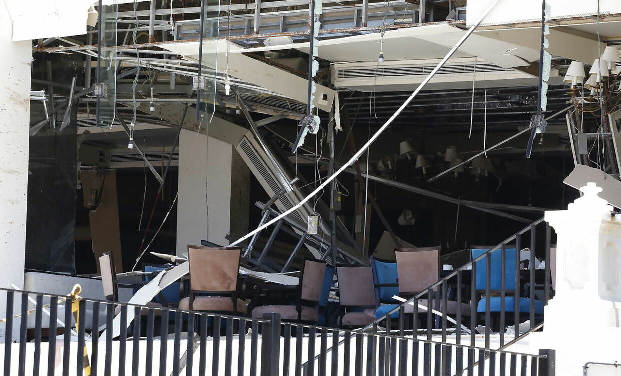 epa07518972 A general view showing the damages after an explosion hit Kingsbury Hotel in Colombo, Sri Lanka, 21 April 2019. According to the news reports at least 138 people killed and over 400 injured in a series of blasts during the Easter Sunday service at St Anthony's Church in Kochchikade, Shangri-La Hotel and Kingsbury Hotel with many more places. EPA/M.A. PUSHPA KUMARA