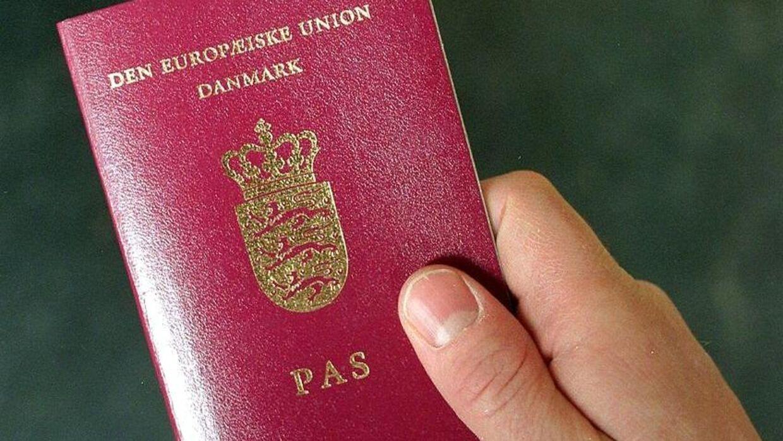 Rigspolitiet har konstateret fejl i over 200.000 danske pas. (Arkivfoto)