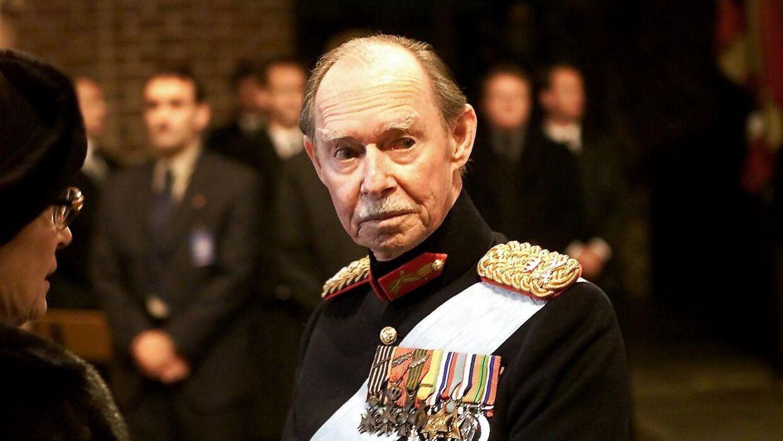 Storhertug Jean af Luxembourg deltog i dronning Ingrids begravelse i Roskilde Domkirke i 2000.