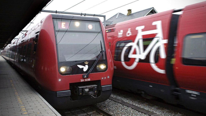 Et sporarbejde giver problemer for langt de fleste S-togs linjer onsdag morgen. (Arkivfoto)
