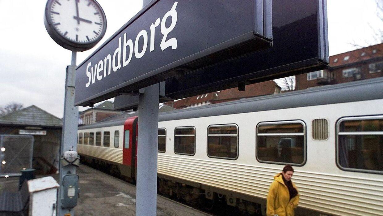 En 33-årig mand er anholdt for vold, efter han slog en buschauffør ned i raseri over, at bussen ikke kørte til Svendborg, men i stedet havde kurs mod Odense.