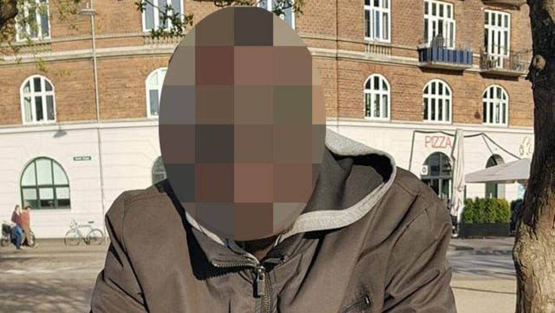 Den 26-årige mand, der nu har været varetægtsfængslet i næsten to måneder for rovmordet på Malene Hasselblads mor, er også sigtet for at have dræbt to andre pensionister.
