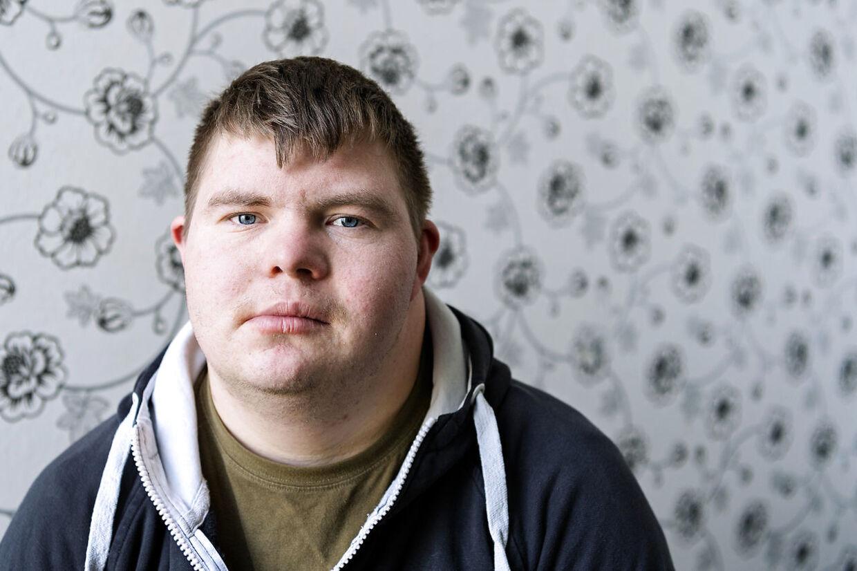 Christian Larsen er landmand og vild med Poul Reichardt.