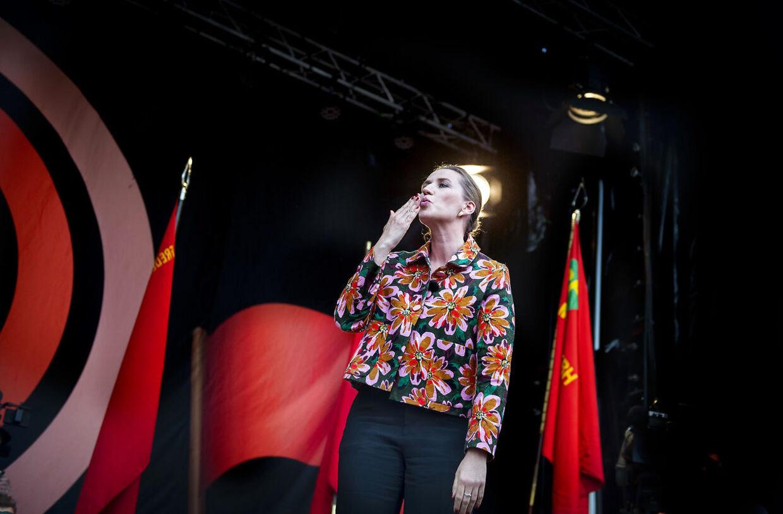 Tale og tumult under Mette Frederiksen (S) på arbejdernes internationale kampdag markeres i Fælledparken i København, onsdag den 1. maj 2019. (Foto: Liselotte Sabroe/Scanpix 2019)