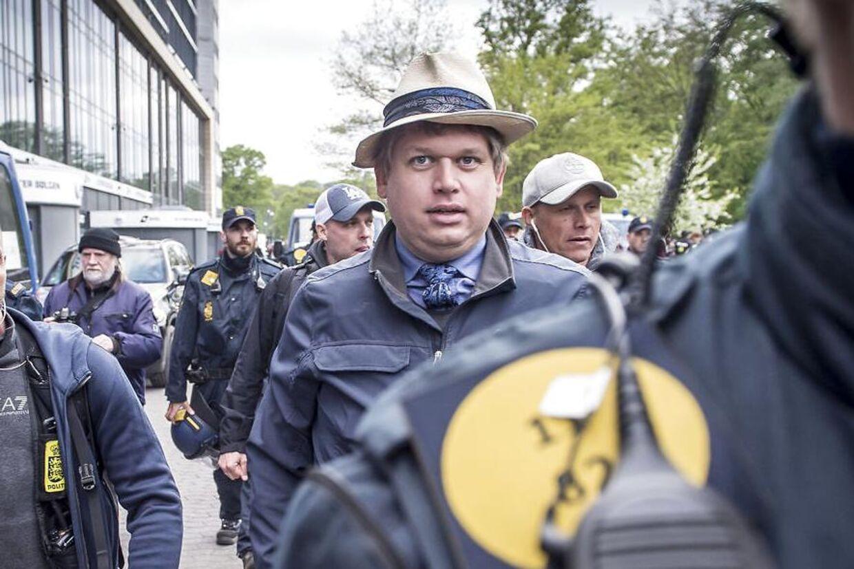Rasmus Paludan forlader sin demonstration i Fælledparken i København, onsdag den 1. maj 2019.