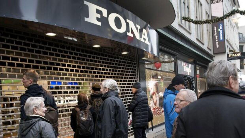Elektronikkæden Fona gik den 1. februar 2016 i betalingsstandsning på grund af dårlige økonomiske resultater.