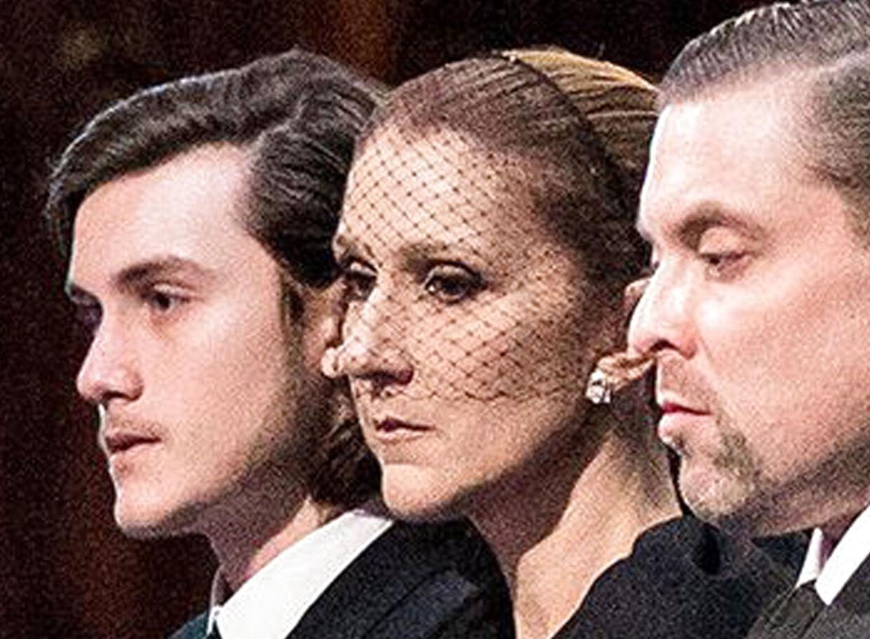 Den canadiske sangerinde Céline Dion med sin nære familie siger farvel til ægtemand, bror og far, René Angélil. Alle var tydeligt rørte, og det var klart, at Céline Dion kæmpede med at holde tårene tilbage.Til venstre i billedet ses parrets ældste søn, René-Charles, i midten hustruen Céline og til højre Renés bror, André.