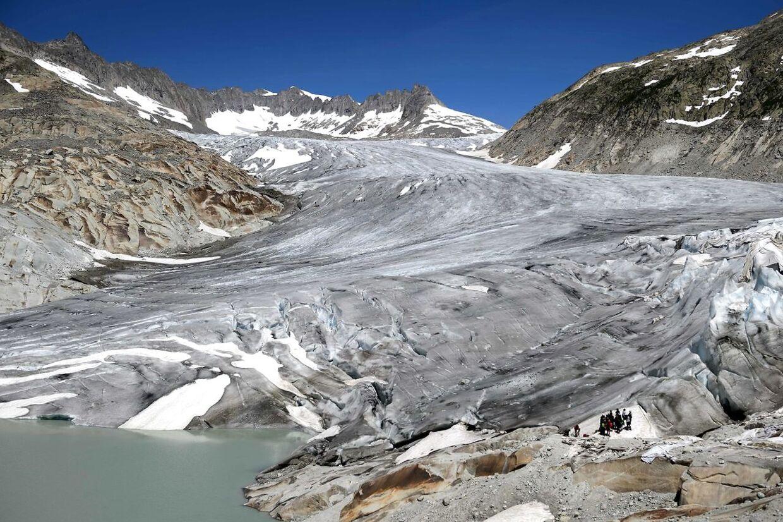 Hvis vi fortsætter med at udlede samme mængder CO2, som vi gør nu, så vil temperaturen stige markant og flere steder forsvinde Foto: AFP / Fabrice Coffrini