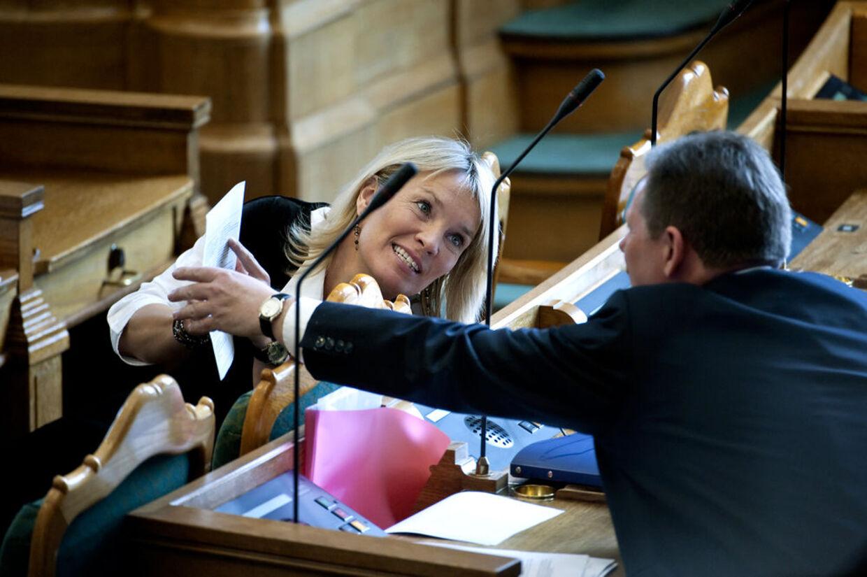 Det konservative bagland forbereder et kup mod formand Lene Esperen. De vil hellere have Lars Barfoed. (Arkivfoto)