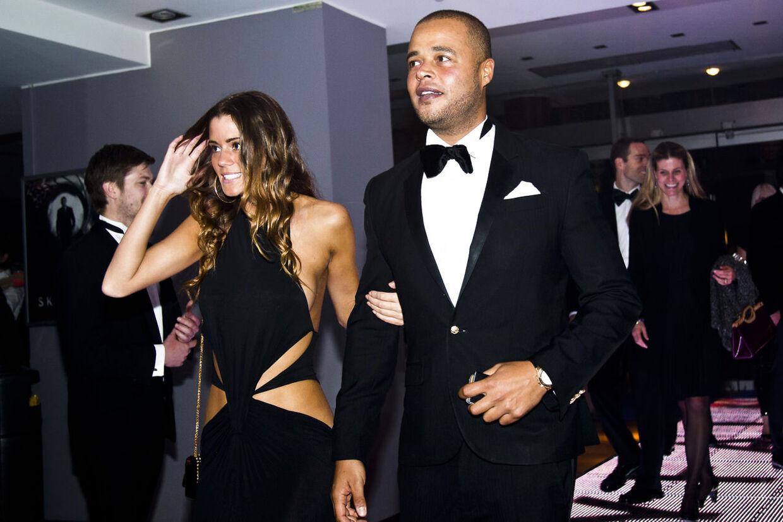 """Premiere aften i Imperial til den nyeste James Bond / agent 007 film """"Skyfall"""" 24. oktober 2012 Remee og Simona"""