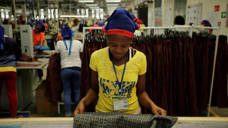 Tekstilarbejdere i Ethiopien tjener omkring 26 dollars om måneden - svarende til 173 kroner.