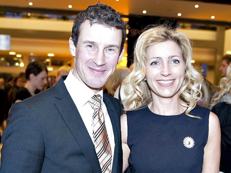 Den tidligere OM-guldvinder i roning, Victor Feddersen, er gift med Anita. Sammen har de to døtre på henholdsvis tre og syv år.
