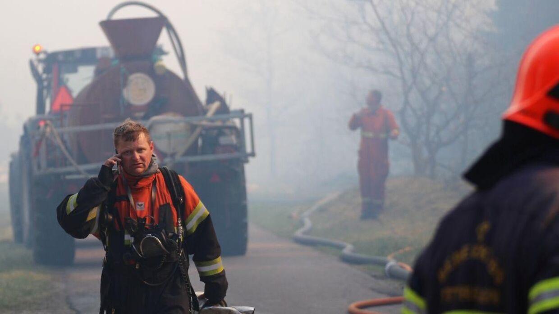 (Arkivfoto) Brandfolk fra Morsø Kommunes Redningsberedskab, i Stenbjerg i Thy tirsdag den 7. maj 2019.