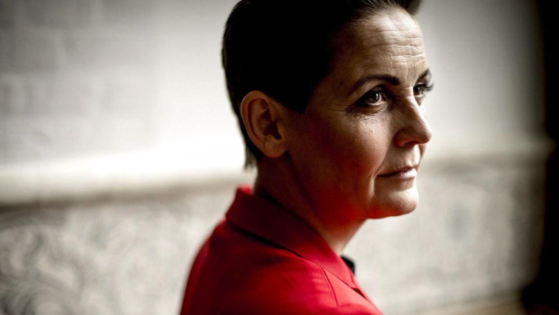 Pia Olsen Dyhr, formand for SF, mener at man har for få 'klubber' med aftenåbent for unge og tilstrækkeligt personale