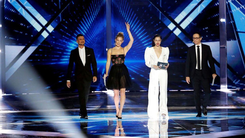 ARKIVFOTO af de fire værter ved dette års Eurovision.