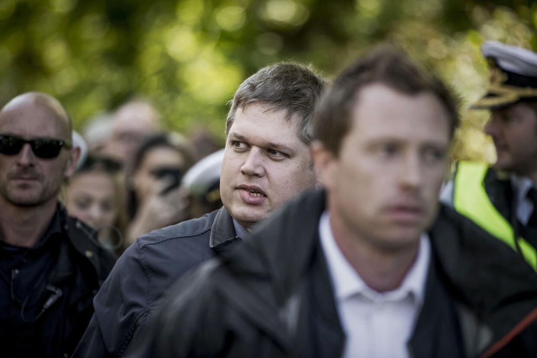 Partileder for partiet Stram Kurs Rasmus Paludan delte foldere ud på Nørrebro onsdag.