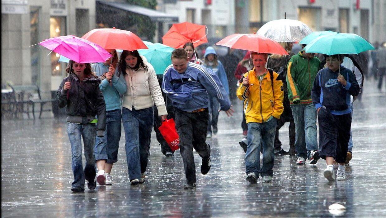 Store Bededag kommer til at drukne i regn, forudser DMI. (Arkivfoto)