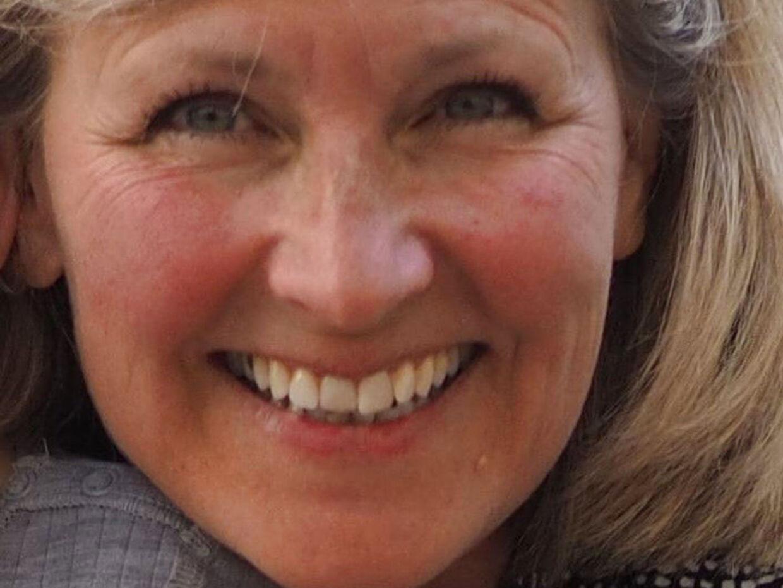Den 54-årige mand, der er fængslet for drabet på den 58-årige læge Charlotte Asperud i hendes hjem i Tisvildeleje, har tidligere lavet stribevis af indbrud i Nordsjælland – blandt andet ganske tæt på gerningsstedet for drabet.