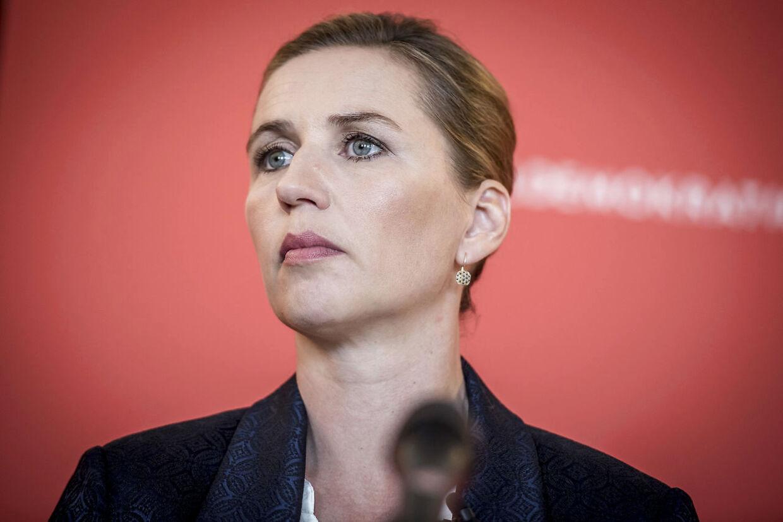 Både DF-formand Kristian Thulesen Dahl og De Radikales leder, Morten Østergaard, mener, at Mette Frederiksen med sine manglende konkrete planer puster til politikerleden.