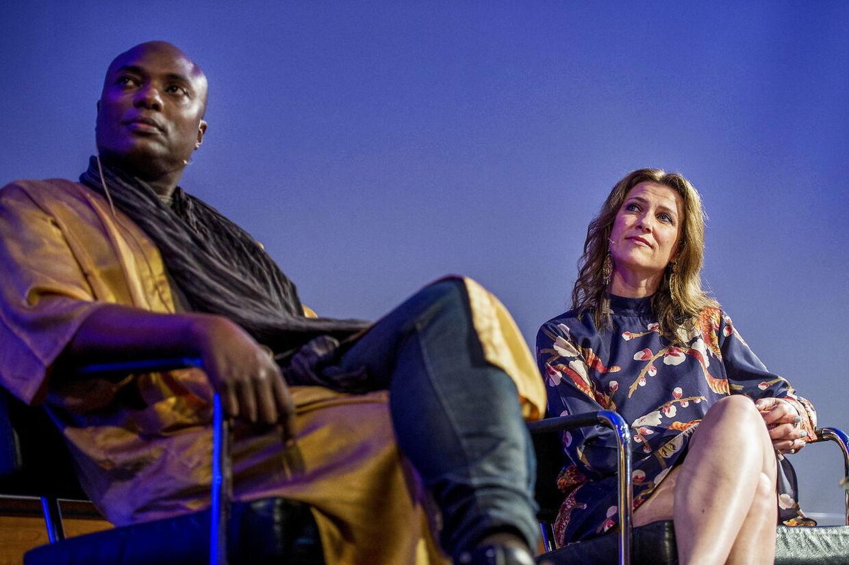 Her ses M¨rtha Louise sammen med sin kæreste 'shamanen' Durek.. EPA/Carina Johansen NORWAY OUT