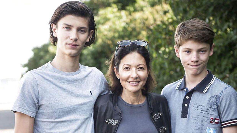 Grevinde Alexandra nåede at introducere sine sønner, prins Nikolai og prins Felix, for Tony Lindkold.