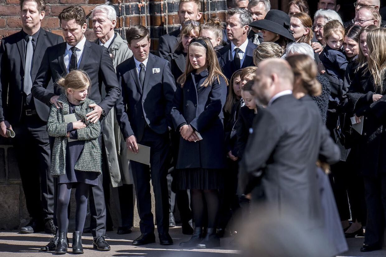 Ved begravelsen af Anne og Anders Holch Povlsen tre børn, der mistede livet ved et terrorangreb i Sri Lanka.