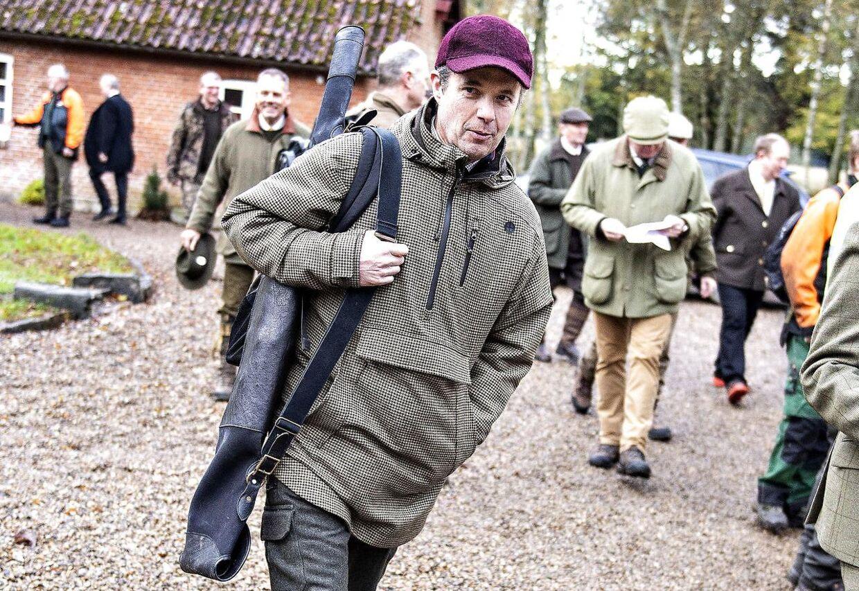 Kronprins Frederik ses her efter parolen før Kongejagten i Gludsted Plantage i Midtjylland, 2018.